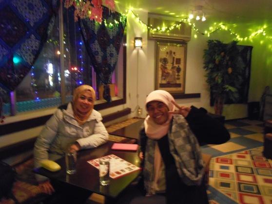 bagian dalam restoran mesir halal